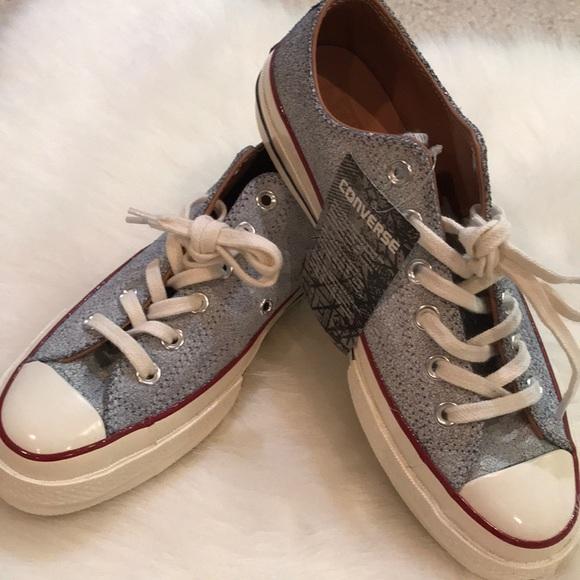 0bf19f196a2e Rare! Converse Chucks crackled leather sneaker sz8